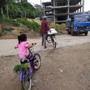 children-of-nepal-need-your-help-4